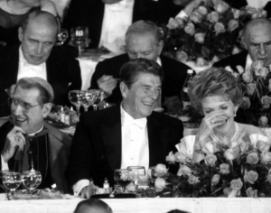 ronald-reagan-nancy-reagan-alfred-e-smith-memorial-dinner-1984